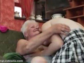 Kåta mormor having kåta kön