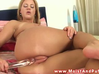 Wet and Puffy: Teen rubs her swollen pink pussy