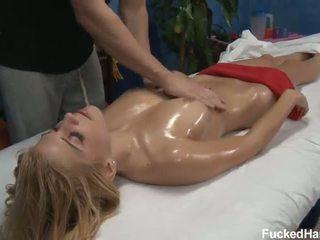 Carmen horký pohlaví olej masáž