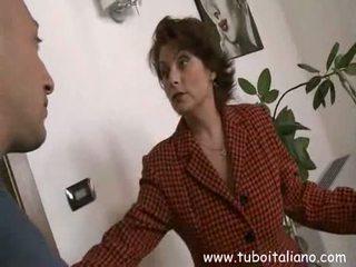 Küçücük göğüsler nemfomanyak mamme italiane 8