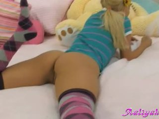Aaliyah Love Lying On Ottoman With Her Arse Expose