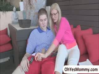 Seksuālā skaistule shyla jameson comes mājas un busts viņai pamāte ar viņai bf