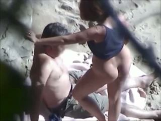 אהבה ב the יווני חוף וידאו