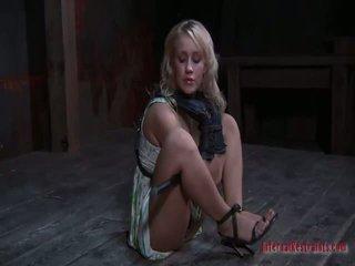 Cô gái và con trai khiêu dâm giới tính
