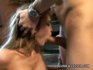 Μεγάλος boobed πορνό μοντέλα abby rode