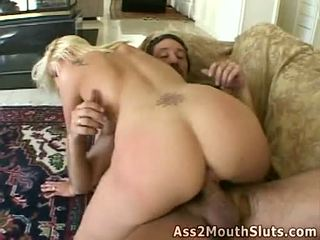 Silit loving honey stacy thorn receives double fucked on the kursi by two sexy hunks