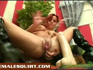 סקסי אפרוחים חם solo squirting masturbations