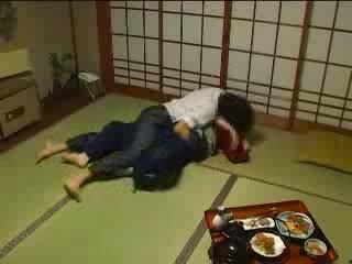 اليابانية molested بواسطة لها husbands شقيق فيديو