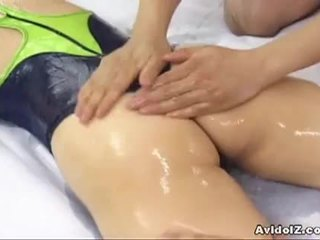 Owadanja ýapon gutaran jelep hinano shirosaki massaged and fucks two cocks