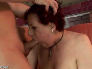 Veľmi tučné stará mama getting fucked ťažký