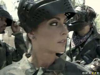 Jessica jaymes gets scopata all'aperto da un superiore video