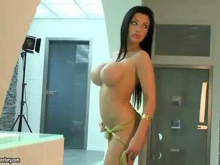ideal pussy dicukur, tetek besar, web pelakon prono ideal