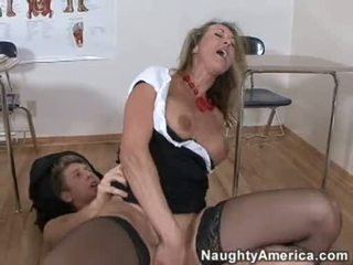 Bitchy golden haired brandi love likes getting cummed on her throat after a hard fuck