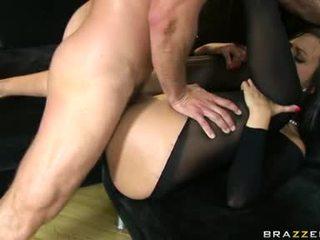 Seksi butts simone peach