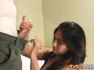 Geil jong filipina babe alexa fucks strange buitenlands guy