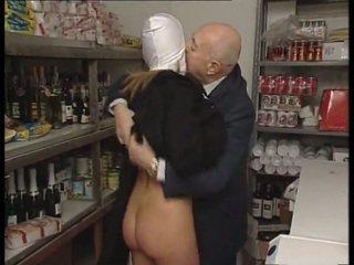 Apáca & trágár régi férfi. nincs szex