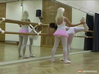 Sapphic ballet niñas