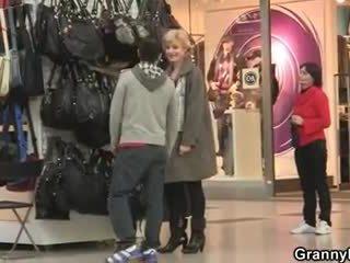 A guy picks up old blondinka and fucks her