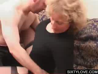 Блонди зріла gets пизда teased