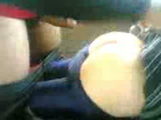 Arab ado baisée en voiture après école vidéo