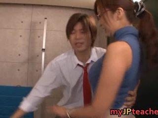 Kaori chaud asiatique professor loves baise