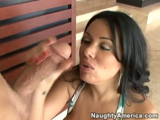 Milfs with big bilingüe cocks