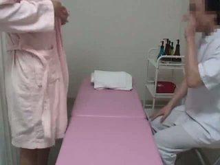Young aýaly reluctant massaž orgazm part 1
