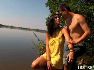 Teen whore fucks right in the lake