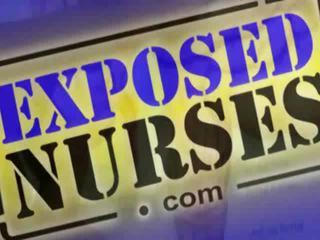 Darksome медицинска сестра manuela checks тя отворен грабване за на огледало