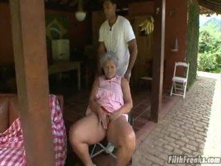 sex în aer liber, masturbeaza, vechi, bunică
