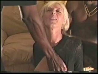 Eldre swinger kone loves svart cocks video