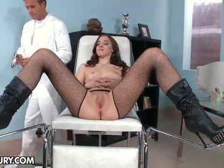 Nobody knew proč amirah adara likes na jít na gynekologický.