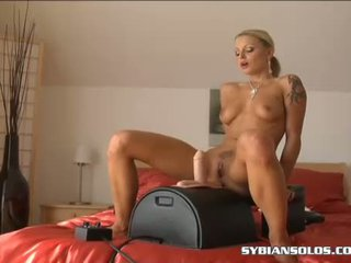 Blond Girl LiLiane Tiger Sucking And Fucking A SyBian