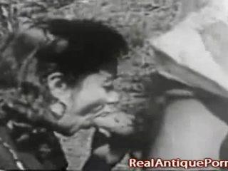 1915 szalone antyk na zewnątrz porno!