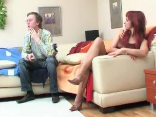 Nerd seduced von redheaded milf