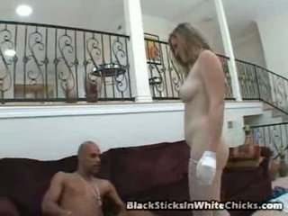 Lilly Kyle Has A Dazzling White Shape And Her Pink Pussy Reveals Good Against It. Much To Her Joy Justin Long Has To Lick And Finger It Too. Soon His His Private Part Is Out And She Is Chewing It Fa