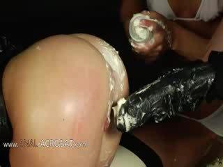 Extremely وحشي bottom ألعاب مع cream