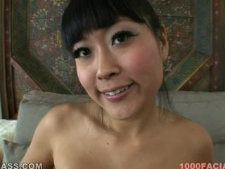 Yuki mori warga asia air mani pada muka /facial