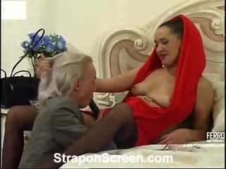 Helena dhe randolph mindblowing strapon film