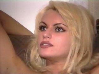 Anita flokëverdhë