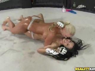 Catfight porno