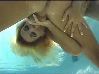 Po vandeniu seksas video