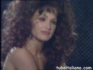 bruneta, výstrek ideálny, ideálny zrelý sledovať