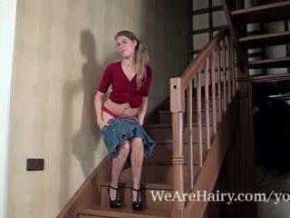 Loredana loves đến chương trình cô ấy tóc rậm âm hộ