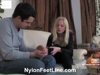 Paulina และ adam ถุงน่องแบบมีสายรัด footfuck ฟิล์ม