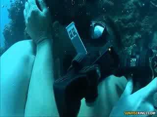 Sabine mallory sob água caralho e semen tiro