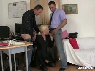 Two fellows ебать бабуся на робота