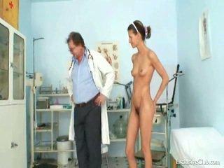 Angela gyno muff tentti kaikki yli tähystintä mukaan läkkäämpi perverssi lääkäri