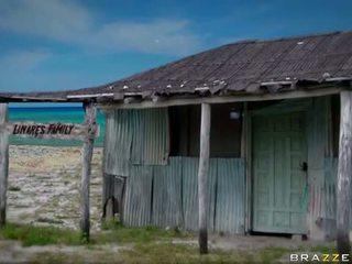 Papat sawetara with alexis breeze and rebeca linares video
