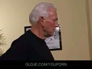 늙은 과 젊은 삼인조 씨발